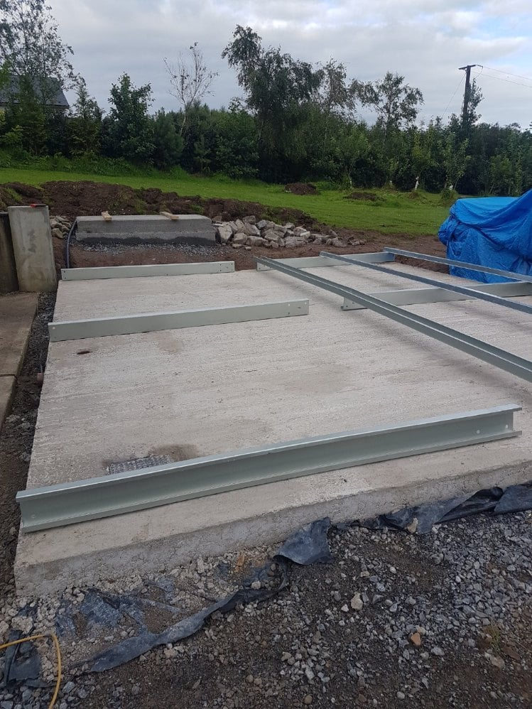 Build the side wall frames of the garage